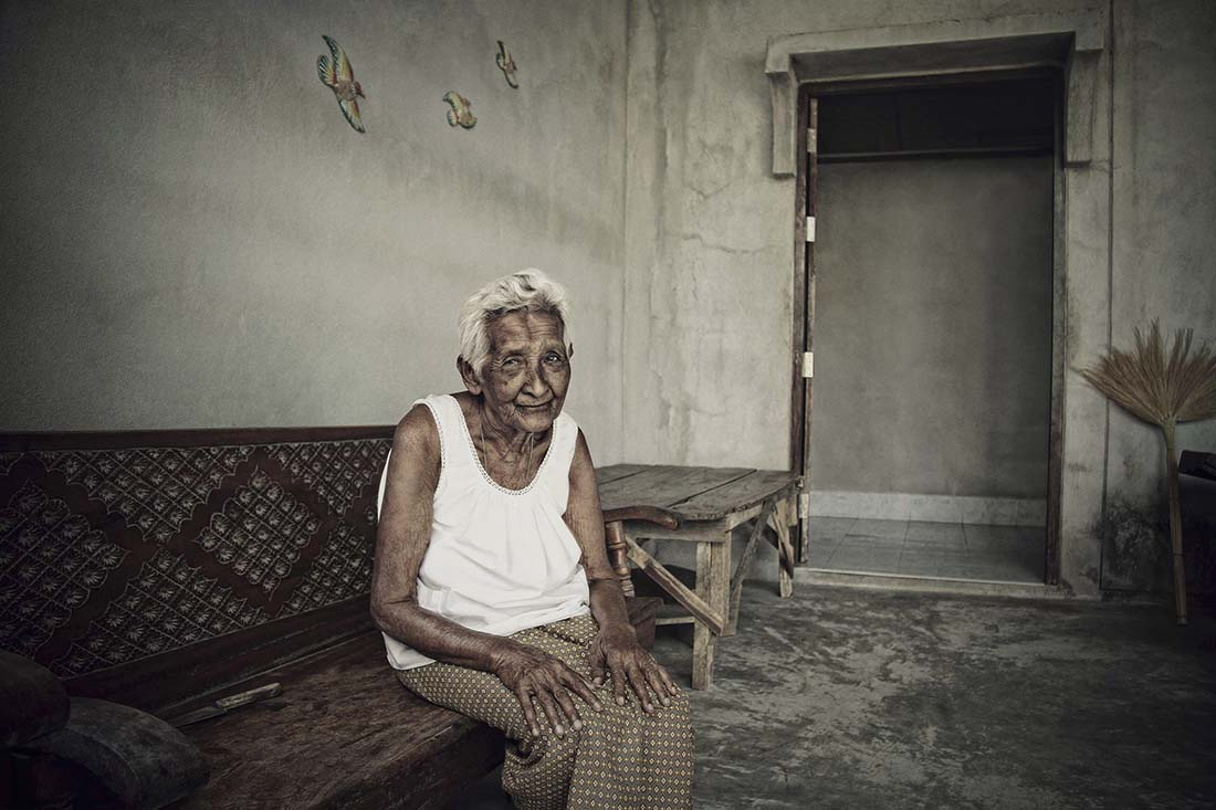 Final Old Woman Portrait